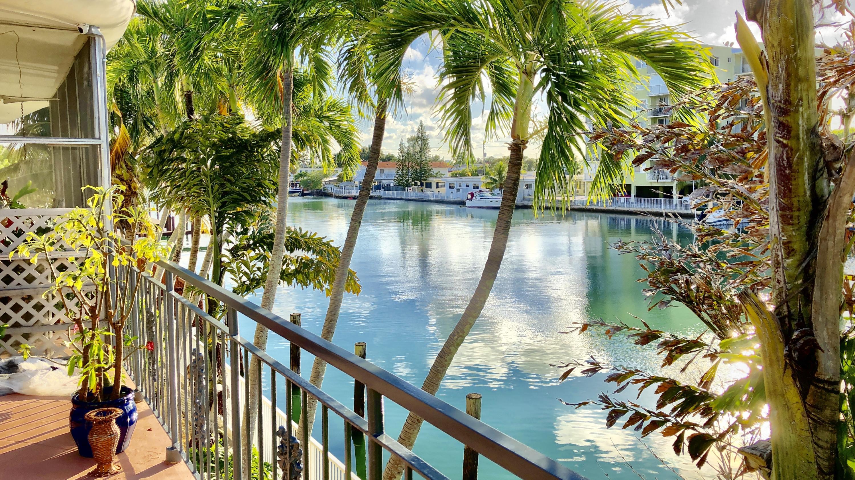 8040 Tatum Waterway Drive 12a Miami Beach, FL 33141 photo 20