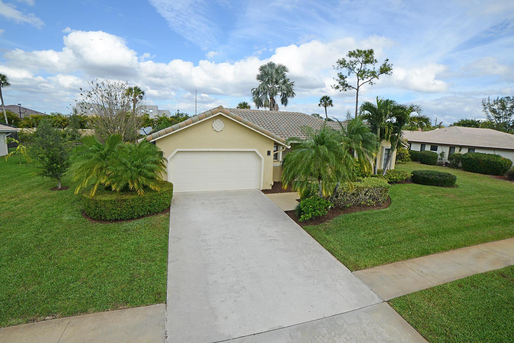 9053 Old Pine Road Boca Raton, FL 33428 photo 5