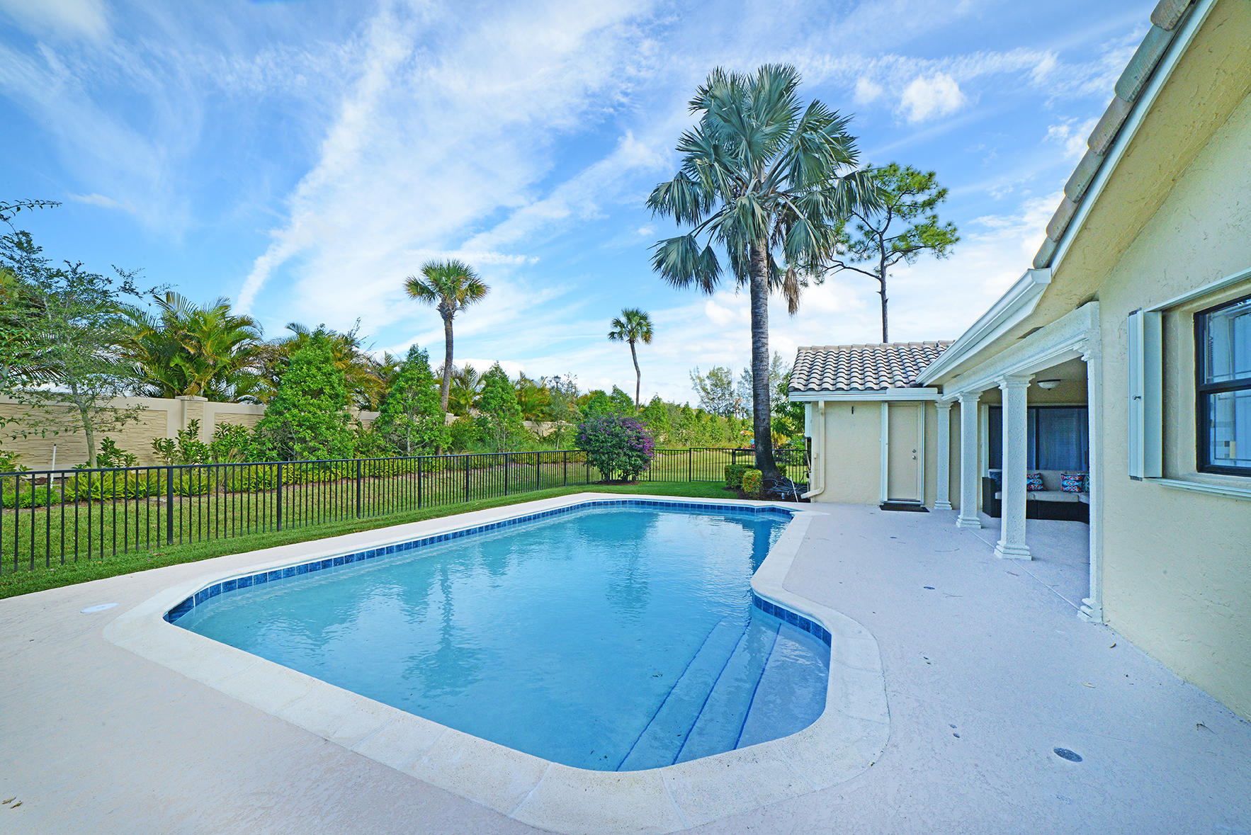 9053 Old Pine Road Boca Raton, FL 33428 photo 7