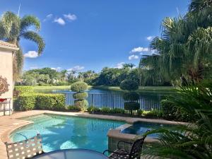Ballenisles home 319 Sunset Bay Lane Palm Beach Gardens FL 33418