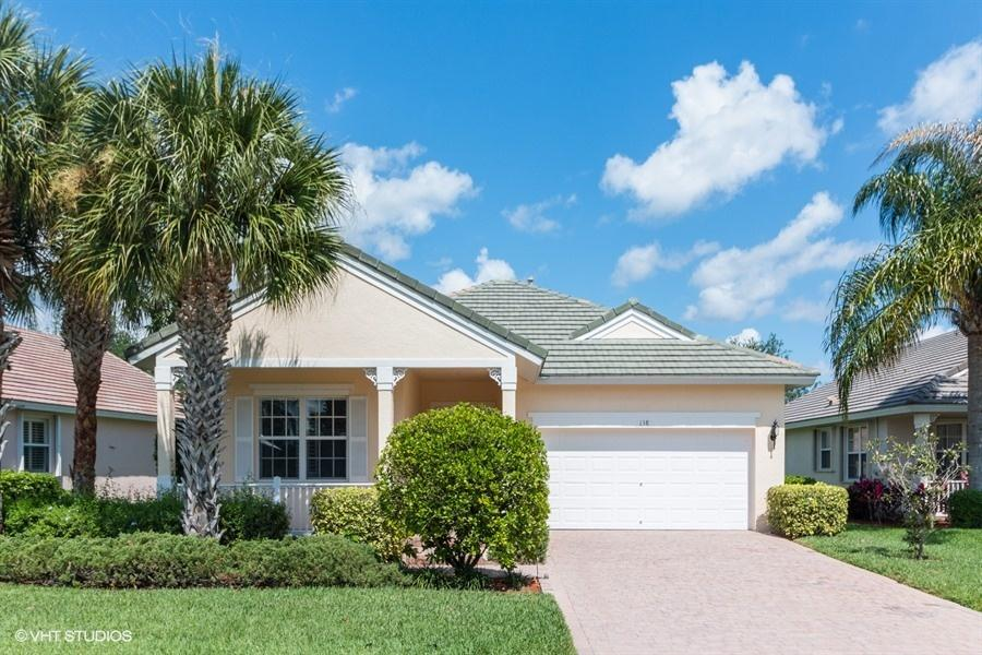 138 NW Willow Grove Avenue - Port St Lucie, Florida