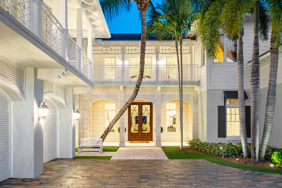 ROYAL PALM YACHT & COUNTRY CLUB LOT 33 BLOCK 13