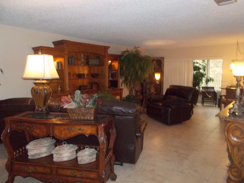 218 Lake Meryl Drive West Palm Beach, FL 33411 photo 8