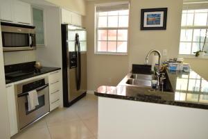225 NE 1st Street 202w For Sale 10522115, FL