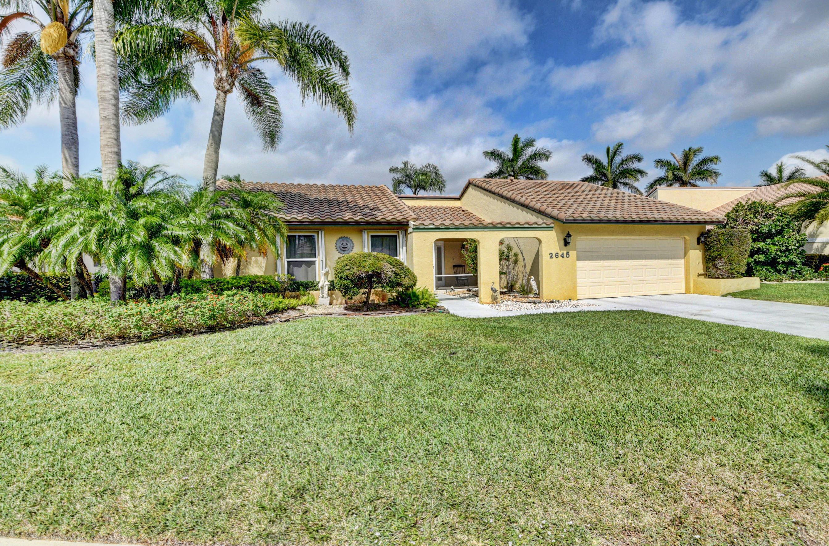 Home for sale in Estates Of Silverlakes Boynton Beach Florida