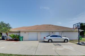 265 SW SOUTH QUICK CIRCLE, PORT SAINT LUCIE, FL 34953  Photo 4