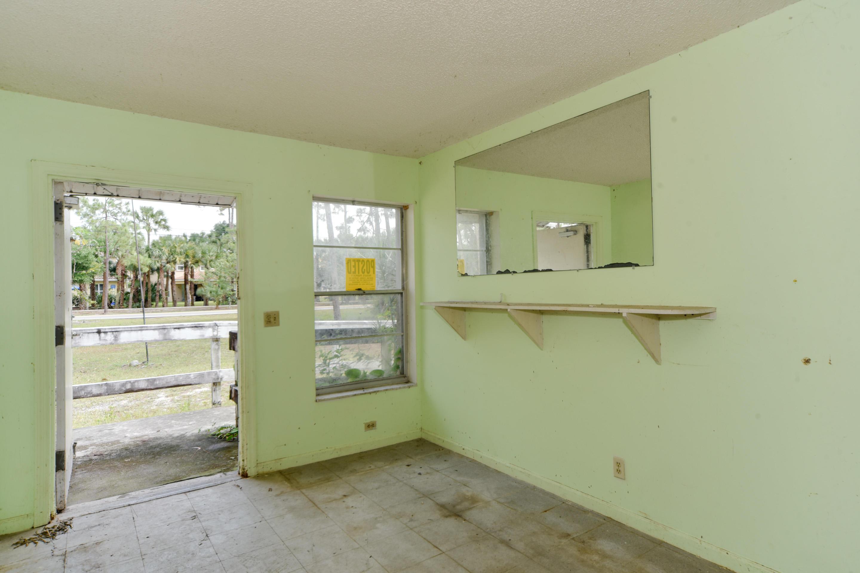 7890 Pioneer Road West Palm Beach, FL 33411 photo 32