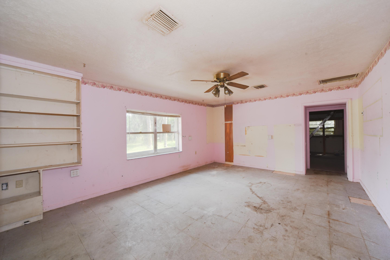 7890 Pioneer Road West Palm Beach, FL 33411 photo 37