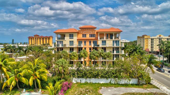 9 20th Avenue 203, Deerfield Beach, Florida 33441, 3 Bedrooms Bedrooms, ,2 BathroomsBathrooms,A,Condominium,20th,RX-10522268