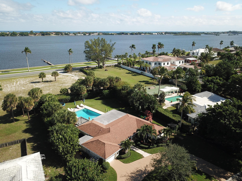 5300 Essex Court West Palm Beach, FL 33405