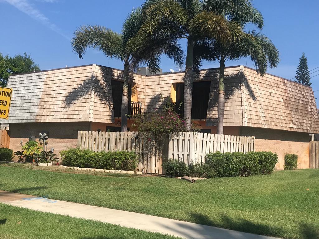 162 Woodland Road - Palm Springs, Florida