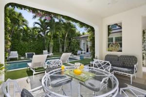 159  Australian Avenue , Palm Beach FL 33480 is listed for sale as MLS Listing RX-10520083 photo #9
