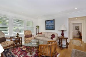 159  Australian Avenue , Palm Beach FL 33480 is listed for sale as MLS Listing RX-10520083 photo #10