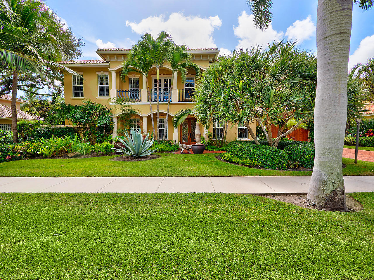104 Nativa Circle, North Palm Beach, Florida 33410, 5 Bedrooms Bedrooms, ,3.2 BathroomsBathrooms,A,Single family,Nativa,RX-10523013
