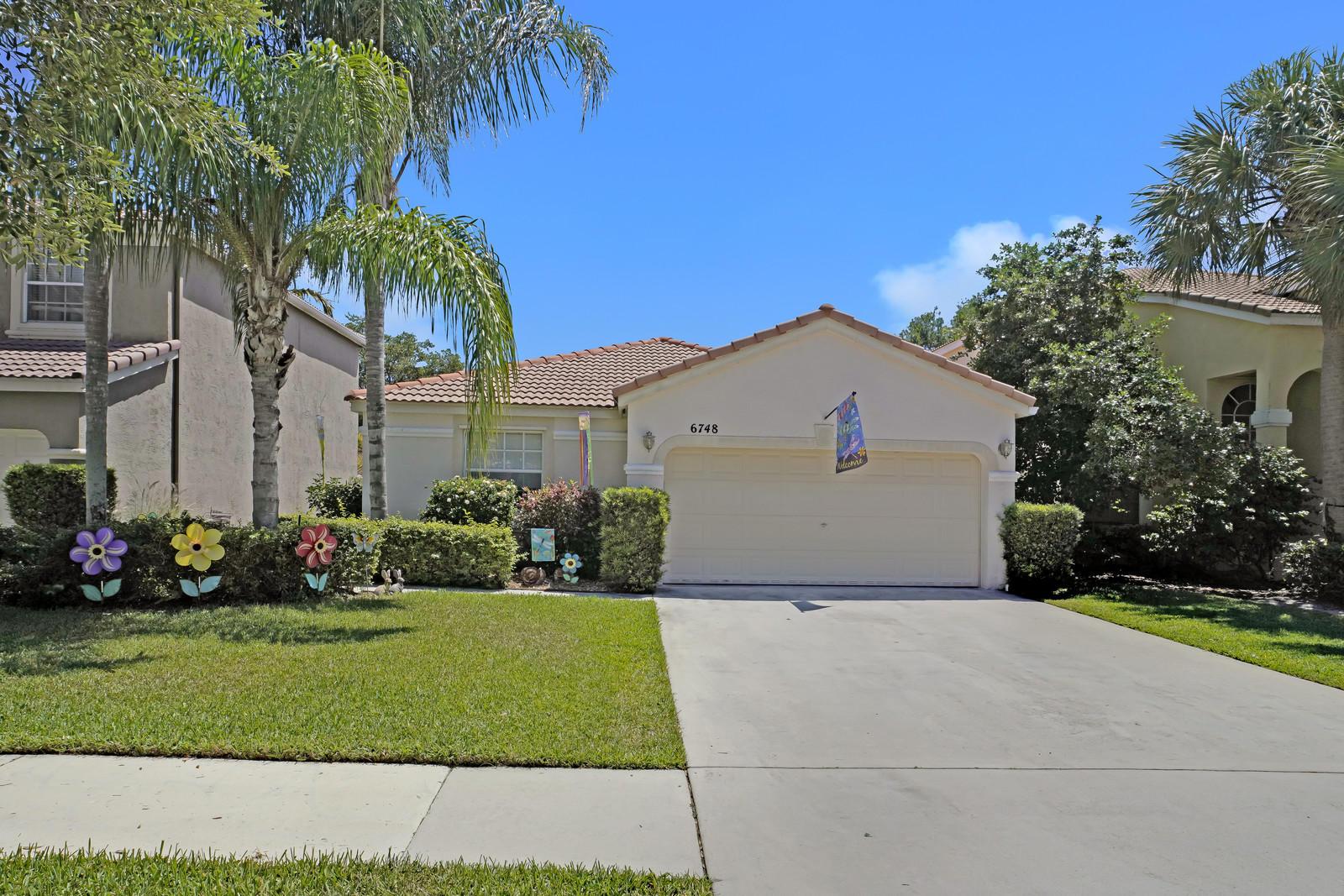 6748 Columbia Avenue Lake Worth, FL 33467