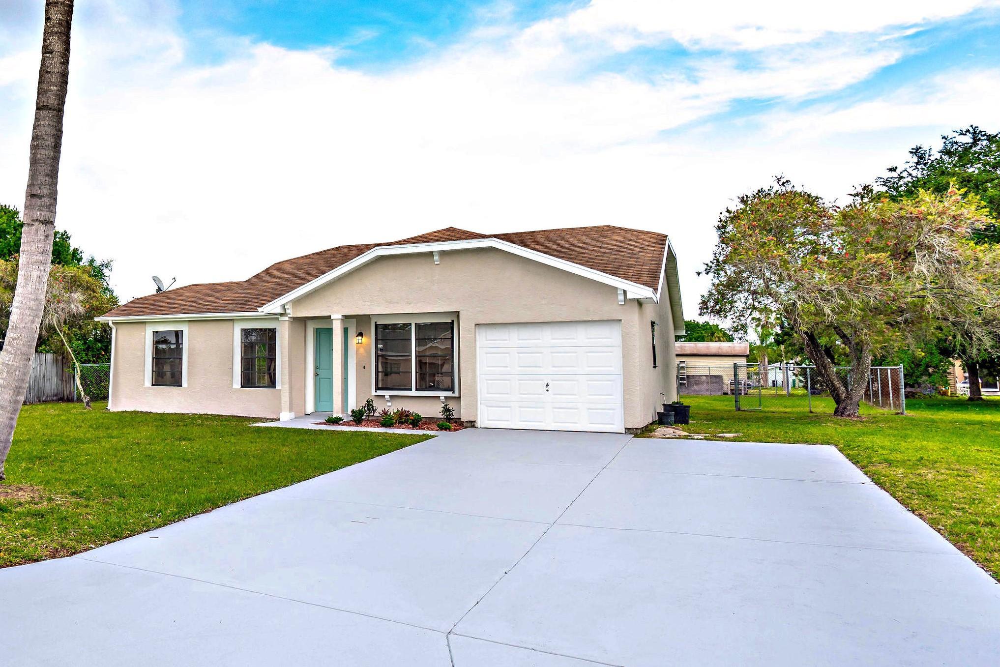 2326 SE Rainier Road 34952 - One of Port Saint Lucie Homes for Sale