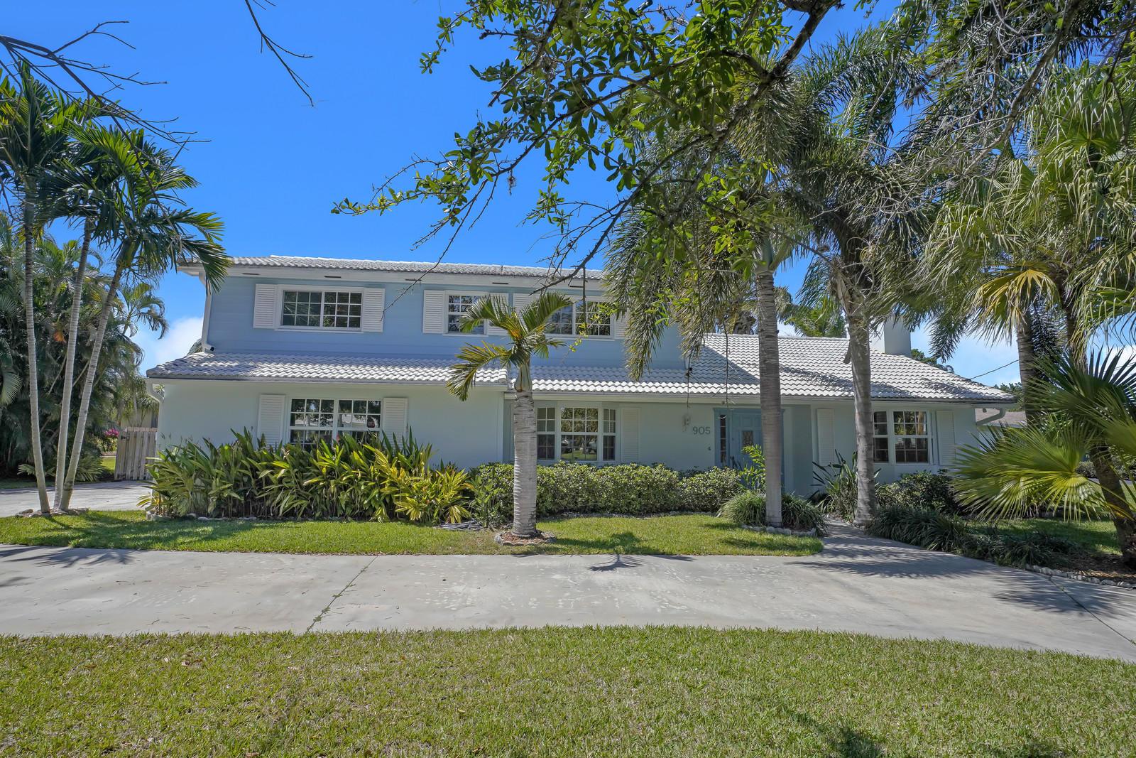 905 Mission Hill Road Boynton Beach, FL 33435