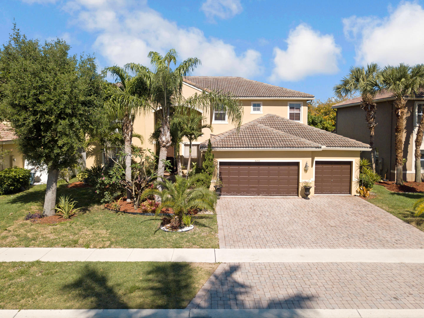 6793 Finamore Circle Lake Worth, FL 33467