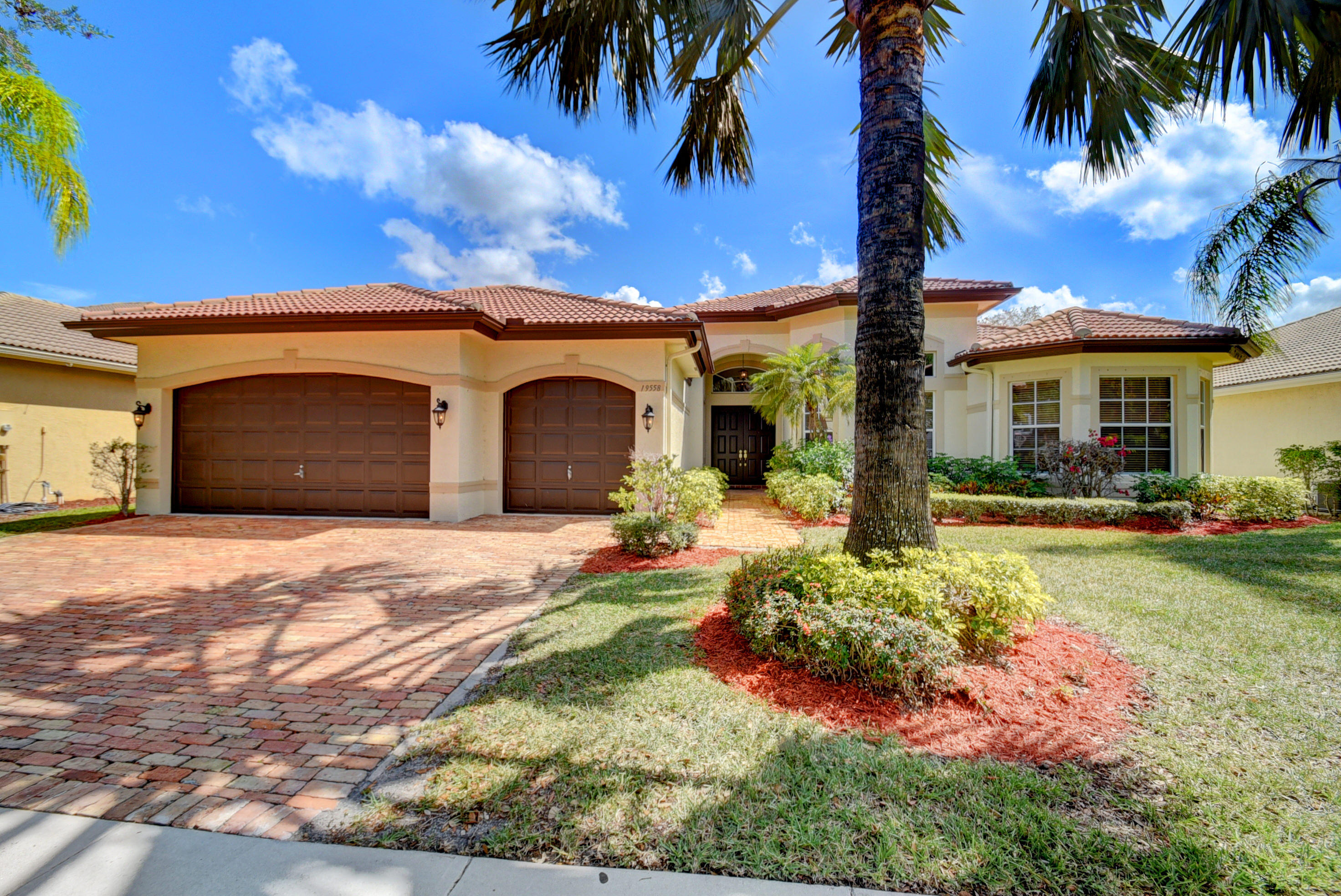 Photo of 19558 Saturnia Lakes Drive, Boca Raton, FL 33498