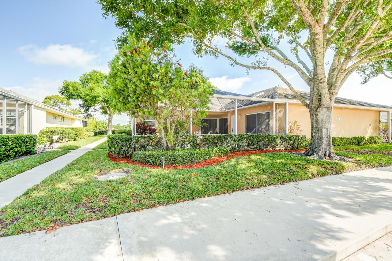 1230 NW Sun Terrace Circle  D, Port Saint Lucie, Florida