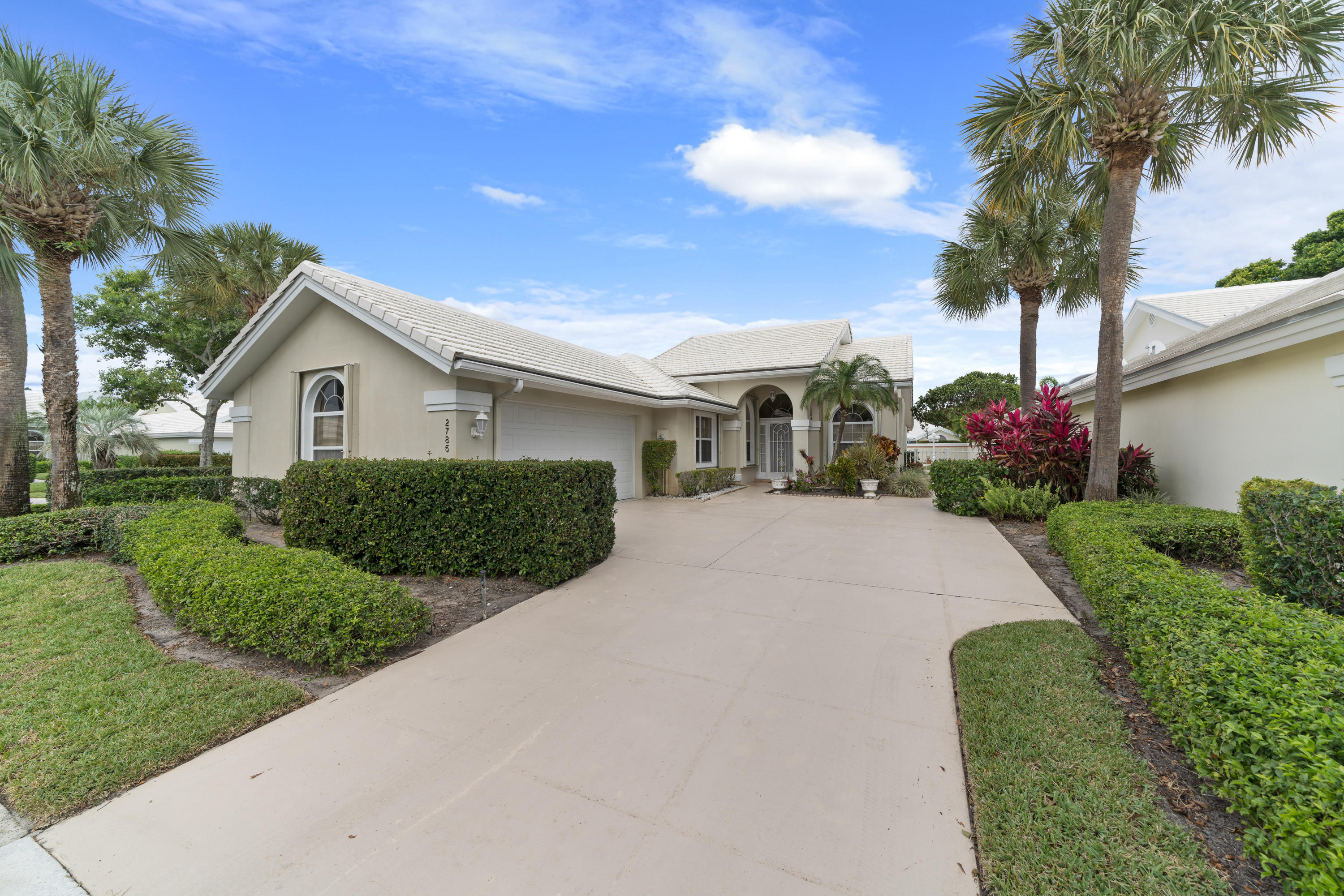 2785 White Wing Lane West Palm Beach, FL 33409