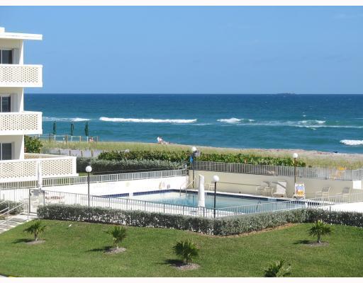 Home for sale in PALM BEACH WHITEHOUSE Palm Beach Florida