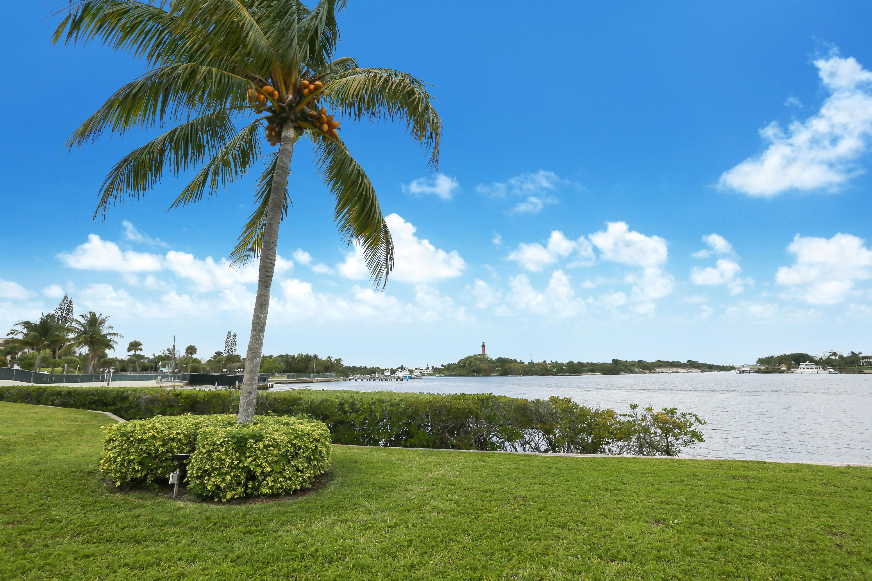 JUPITER INLET CONDO REAL ESTATE