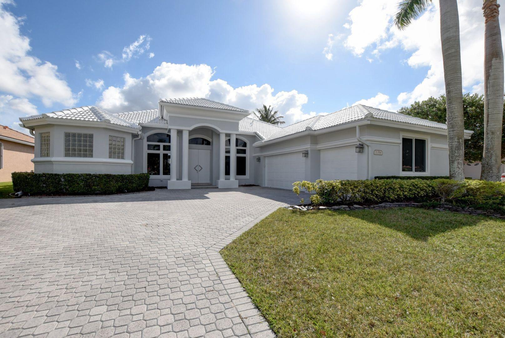 Photo of 21356 Shannon Ridge Way, Boca Raton, FL 33428