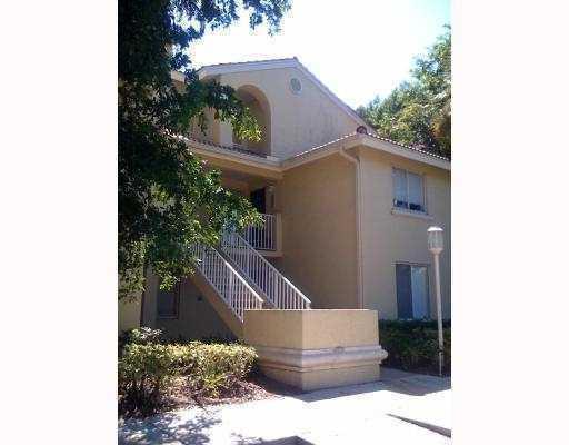 1105 Glenmoor Drive West Palm Beach, FL 33409