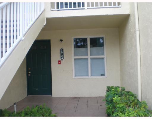16104 Glenmoor Drive West Palm Beach, FL 33409