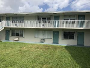 Sterling Village home 740 Horizons W Boynton Beach FL 33435