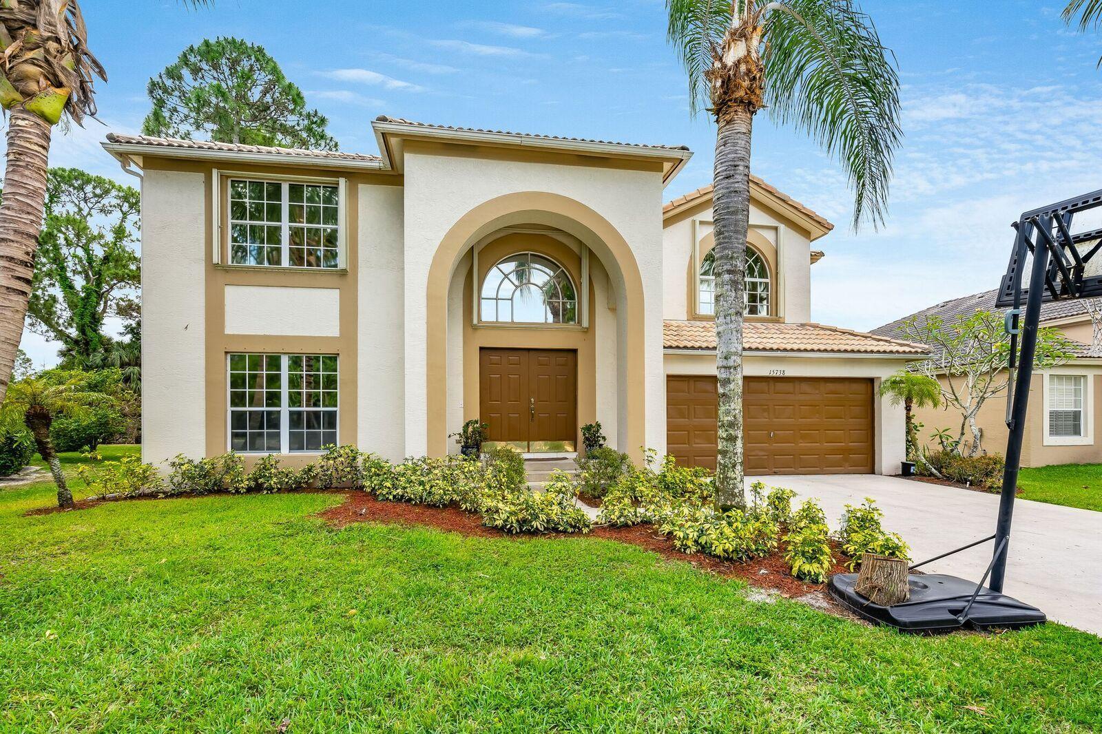 15738 Glen Willow Lane Wellington, FL 33414