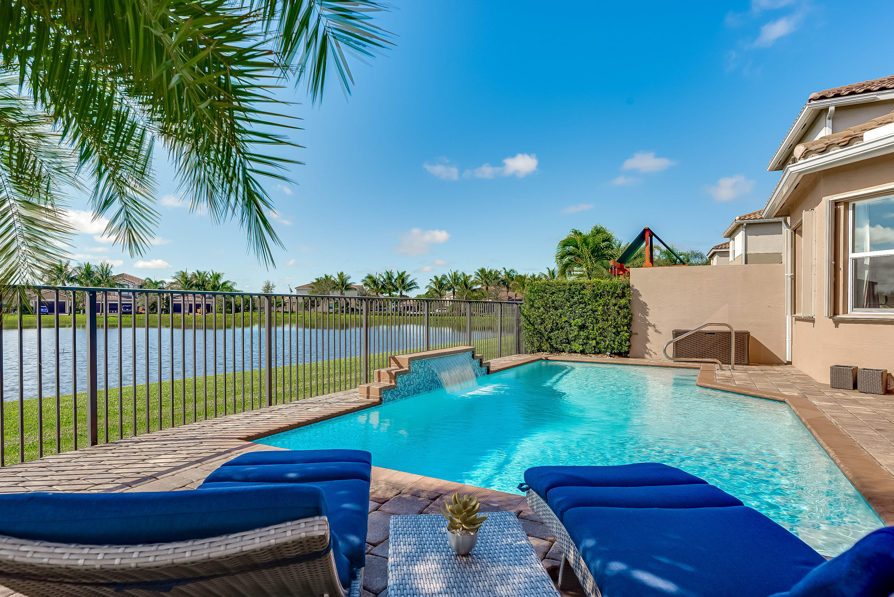 11676 Mantova Bay Circle  Boynton Beach, FL 33473