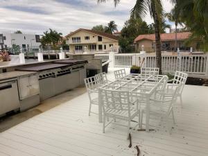 3341 NE 170th Street North Miami Beach FL 33160 - photo 12