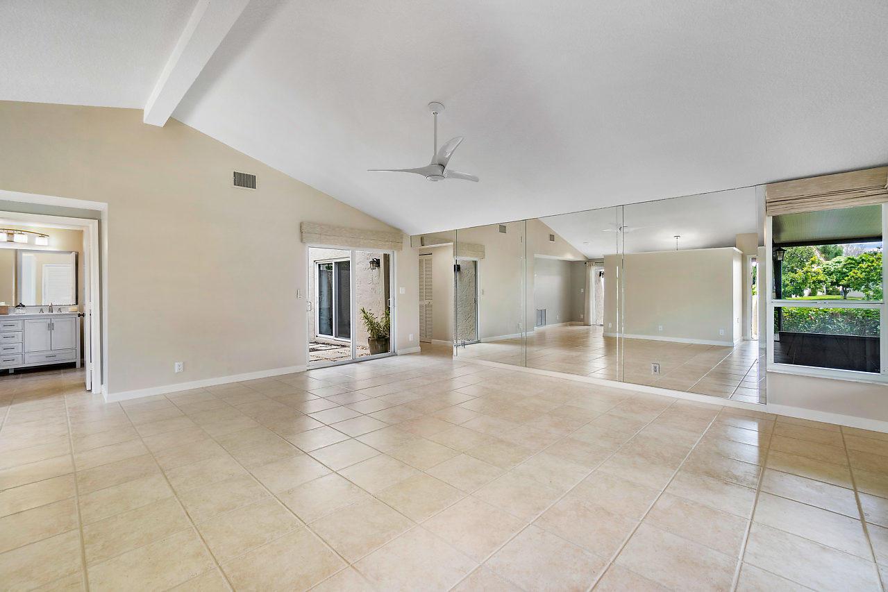482 47th Ave, Deerfield Beach, FL 33442