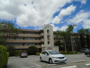 Huntington Lakes Sec One Condos 14375 Strathmore Lane