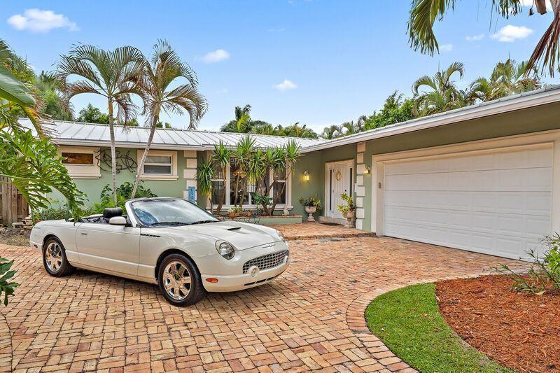 134 Worth Court West Palm Beach, FL 33405