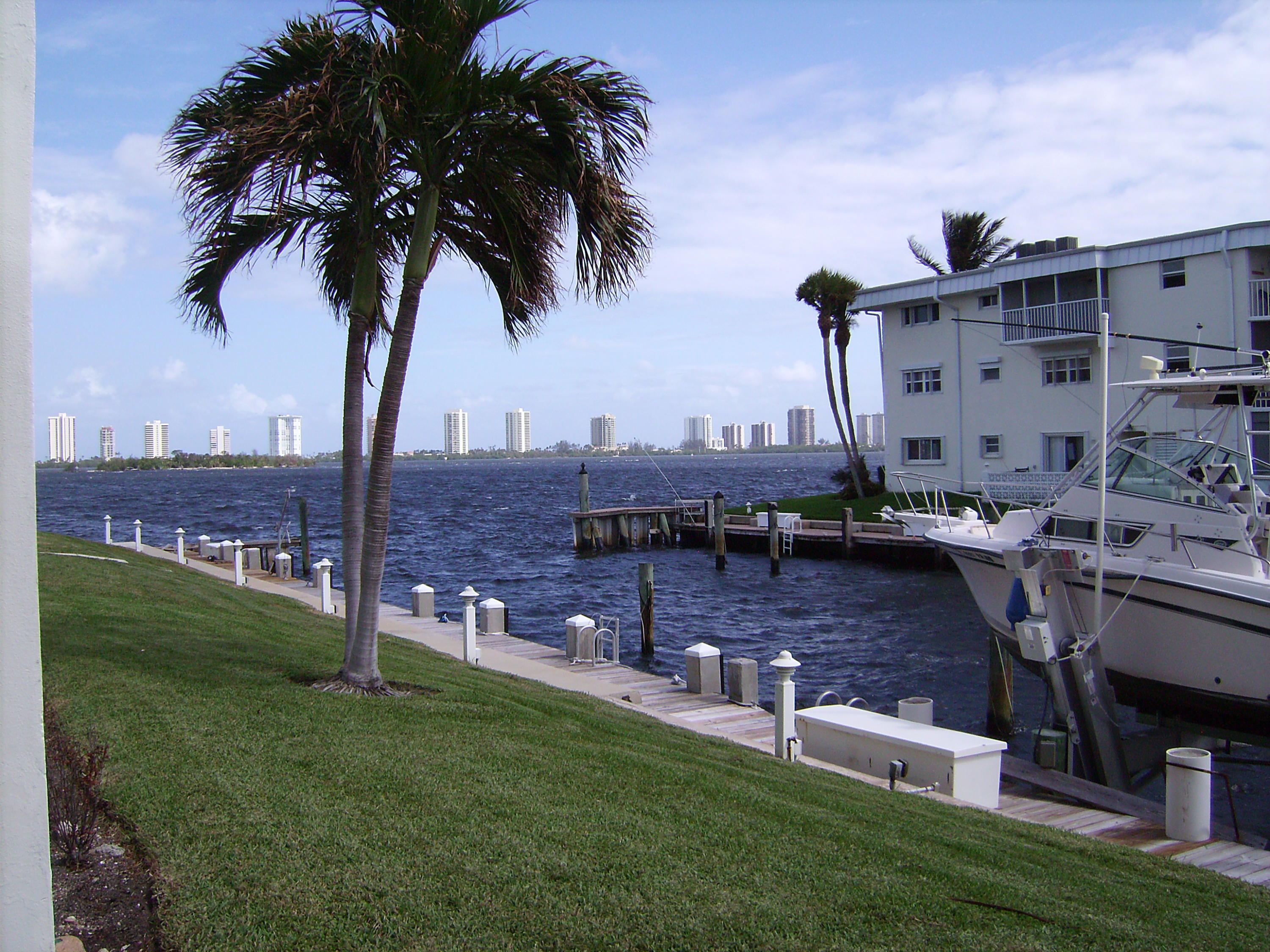 110 Shore Court 103, North Palm Beach, Florida 33408, 2 Bedrooms Bedrooms, ,2 BathroomsBathrooms,F,Condominium,Shore,RX-10524820