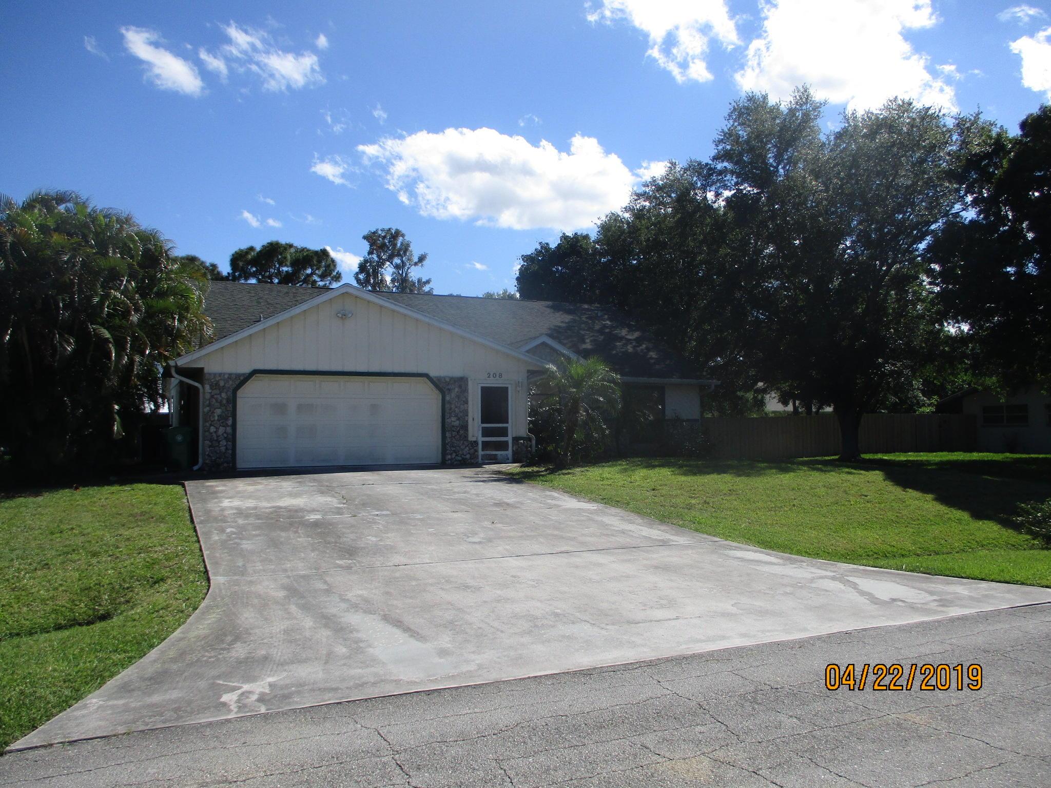 208 SW Statler Avenue  Port Saint Lucie FL 34984