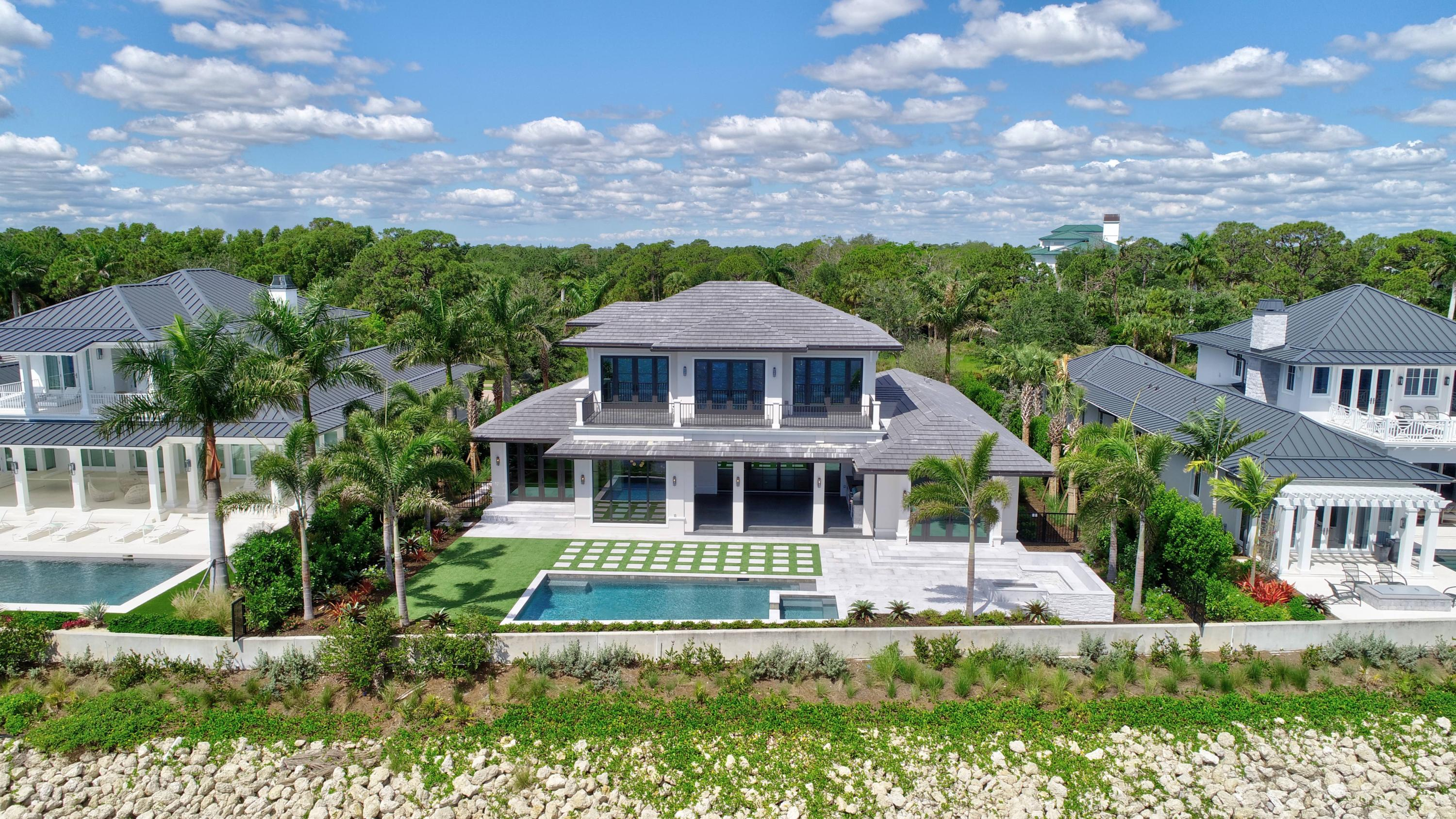 FLORIDIAN YACHT & GOLF CLUB REAL ESTATE