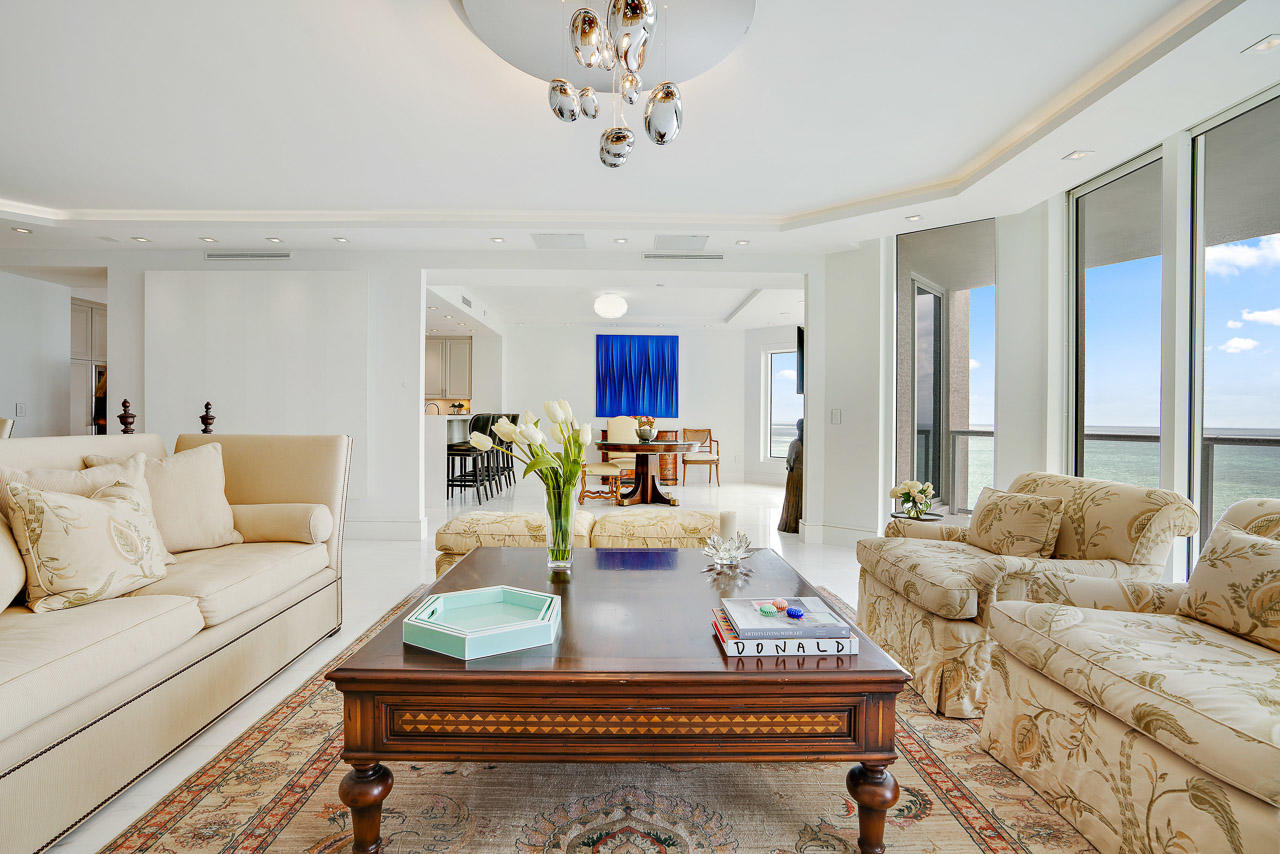 THE RITZ CARLTON SINGER ISLAND REAL ESTATE