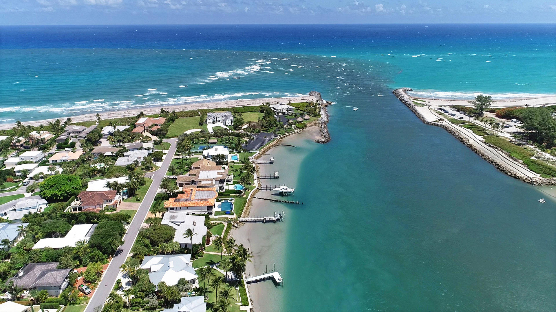 New Home for sale at 220 Pirates Place in Jupiter Inlet Colony