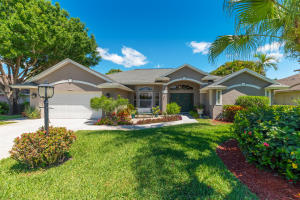 2197 SW Hunters Club Way , Palm City FL 34990 is listed for sale as MLS Listing RX-10525088 37 photos