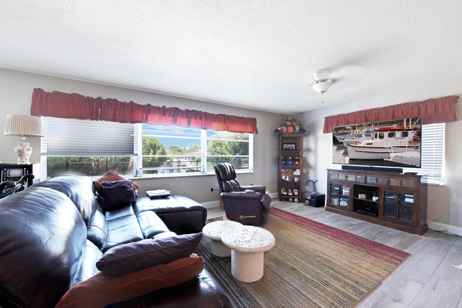 6918 Kingston Drive Lake Worth, FL 33462 photo 10