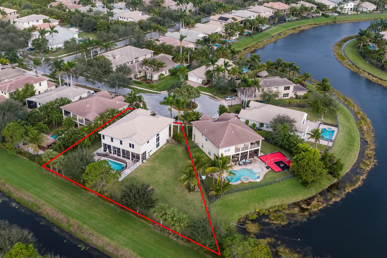 8852 Heartsong Terrace Boynton Beach, FL 33473