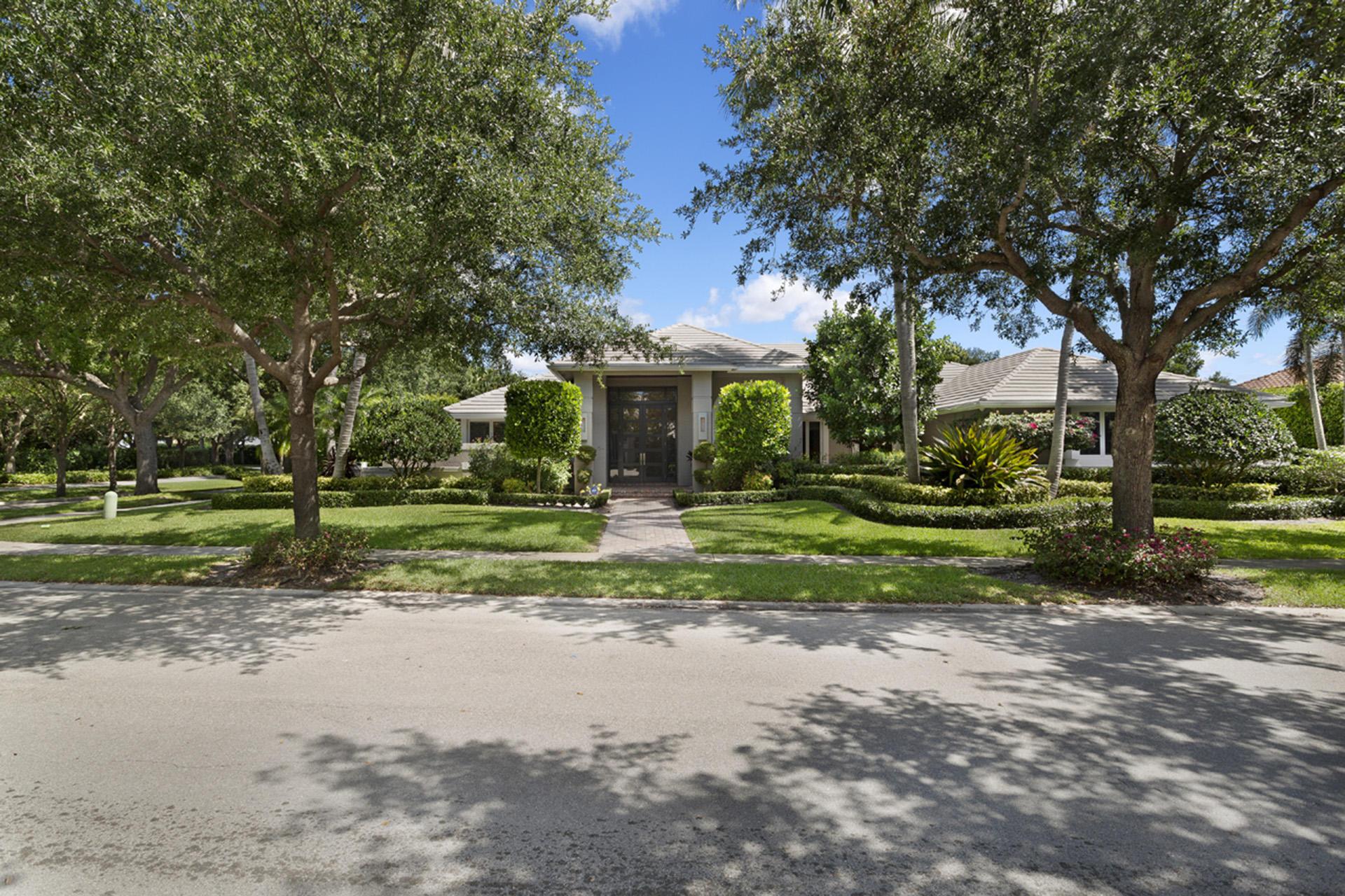 2365 NW 45th Street Boca Raton, FL 33431 photo 2