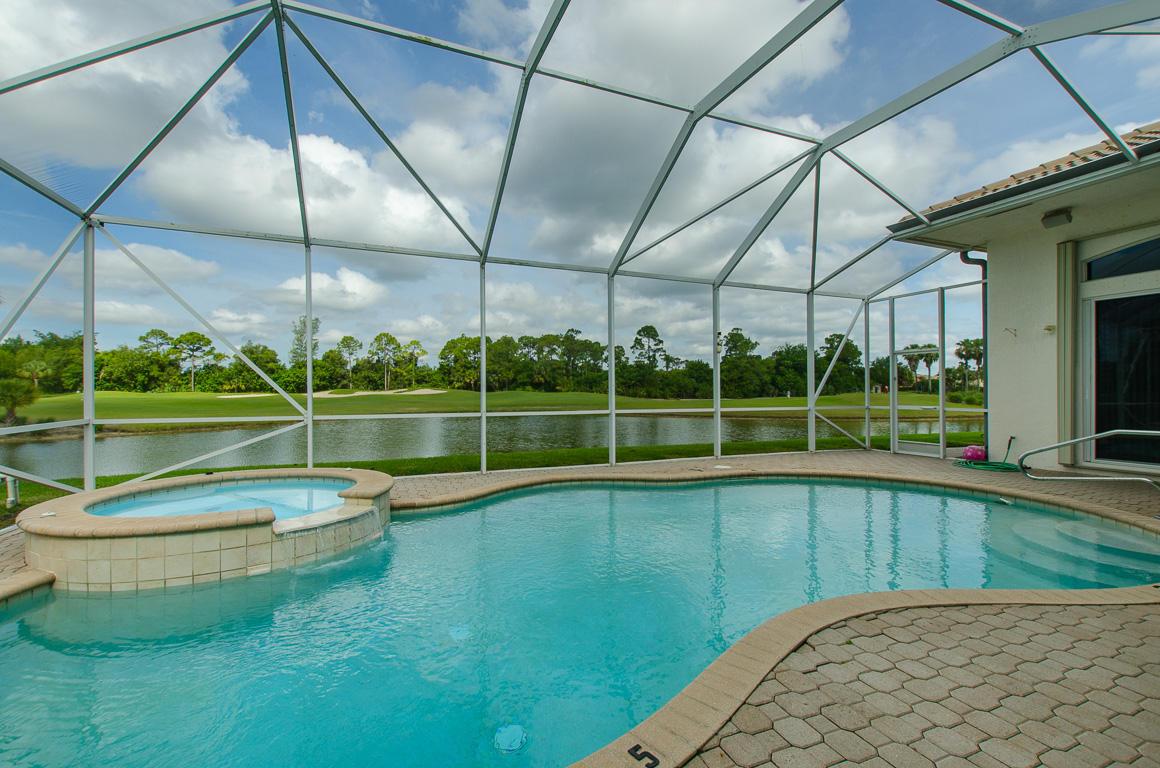 2657 Windwood Lane Royal Palm Beach, FL 33411