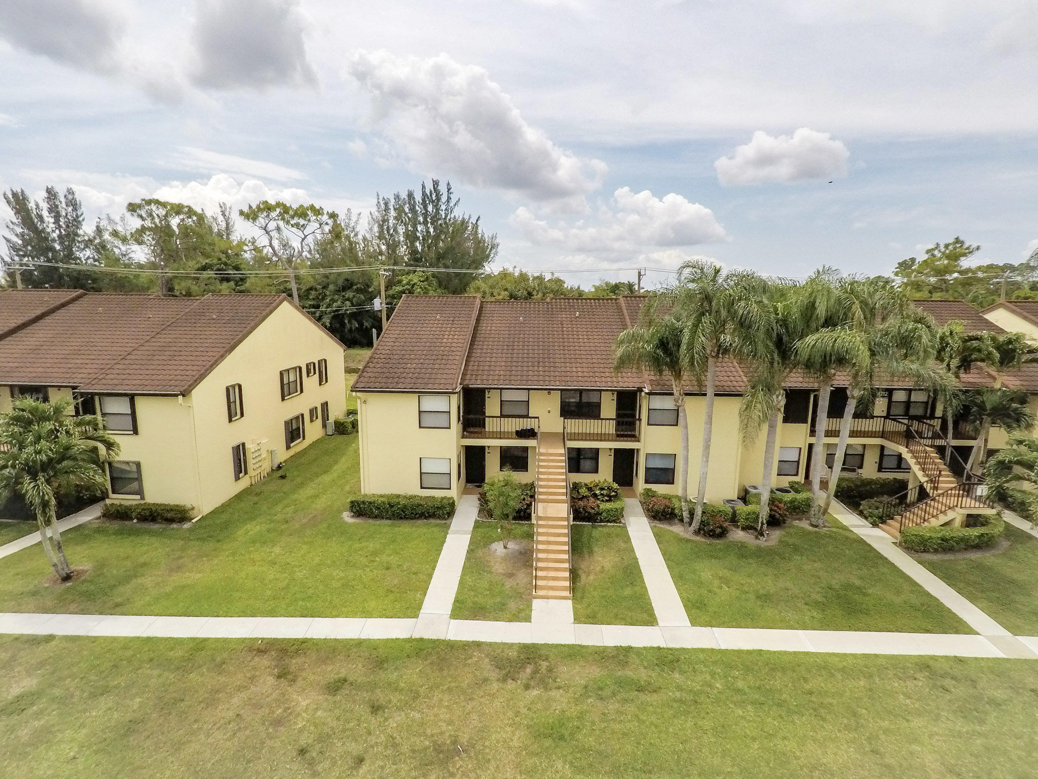 4712 Lucerne Lakes Boulevard 202 Lake Worth, FL 33467