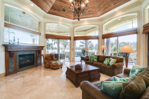 403  Old Jupiter Beach Road Road , Jupiter FL 33477 is listed for sale as MLS Listing RX-10525632 photo #11