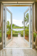 403  Old Jupiter Beach Road Road , Jupiter FL 33477 is listed for sale as MLS Listing RX-10525632 photo #17